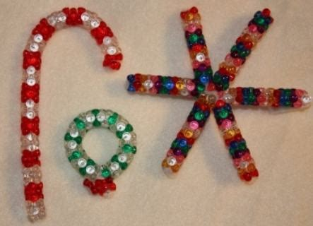 pipe cleaner bead ornaments bead and pipe cleaner ornaments who think