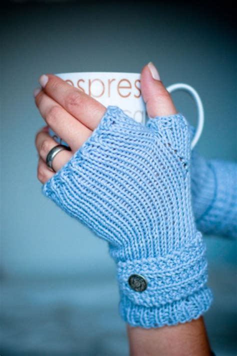 knitted gifts 32 easy knitted gifts that you can make in hours knit