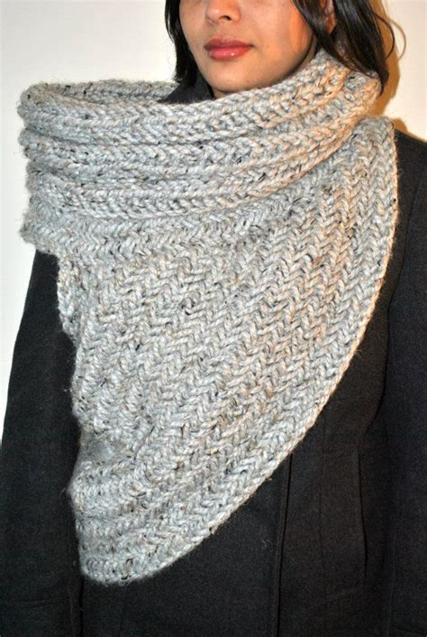katniss knitted cowl pattern huntress cowl knitting pattern by kysaa handknitted cowl