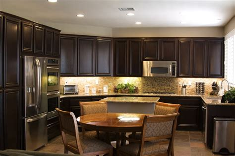 best way to refinish kitchen cabinets how to refinish kitchen cabinets best way to refinish