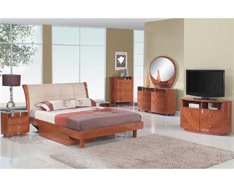 cherry finish bedroom furniture modern bedroom set in cherry finish 35b111