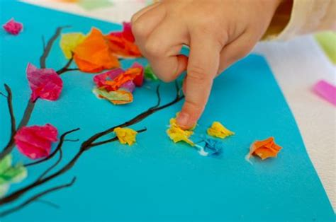 holi craft for holi crafts tissue paper blossoms