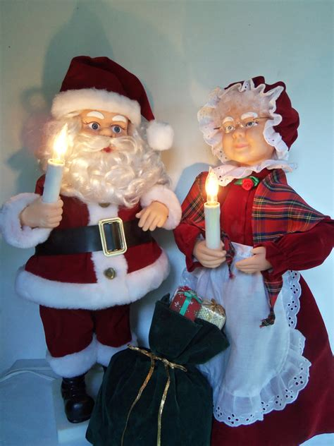 animated mr and mrs claus animated santa and mrs claus 28 images animated santa