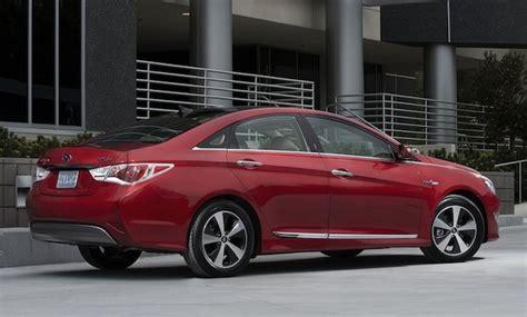 Hyundai Sonata Hybrid Warranty by Report Hyundai To Introduce Lifetime Warranty For 2012