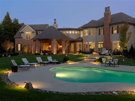 landscape lighting around pool landscaping lighting ideas for your front yard on a budget