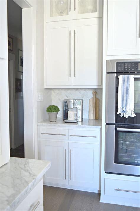 carrara marble kitchen backsplash kitchen tour zdesign at home