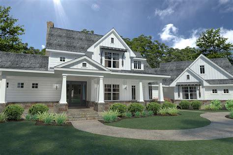 farmhouse style house 3 bedrm 2396 sq ft farmhouse house plan 117 1124