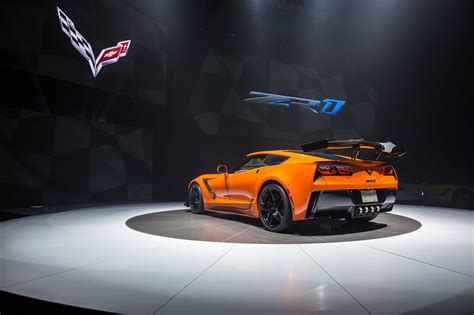New Corvette Zr1 by New 2019 Corvette Zr1 Revealed In Pictures Car Magazine