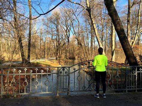 Laufstrecken Englischer Garten München by M 252 Nchen Geht Laufen Eine Runde Durch Den Englischen