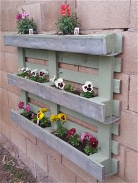 wooden flower planters recycled pallet wood planters pallet wood projects