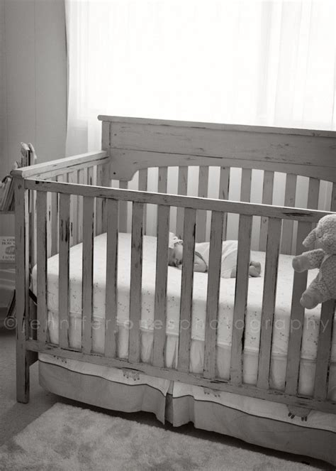 baby safe paint for crib 25 best ideas about painted cribs on baby