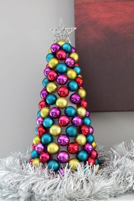 how to make a tree with ornaments simply modern 187 ornament tree tutorial