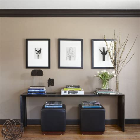 paint colors for living room with brown trim paint doors using same paint as trim molding