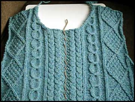 sewing a knitted sweater together knitting tips how to sew a zipper into a knit