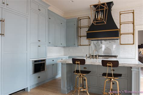 classic kitchen cabinet knobs shaker kitchen cabinet classic vintage modern kitchen blue gray cabinets inset