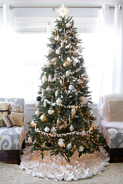 white ornament tree black and white tree ornaments images