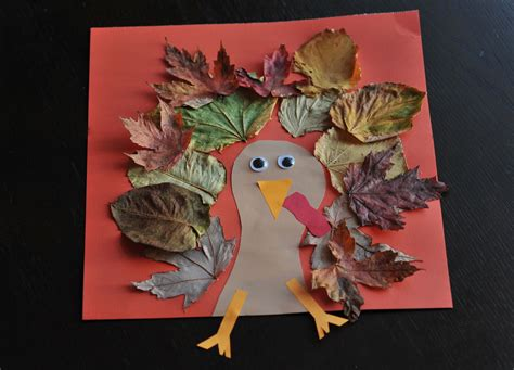 thanksgiving crafts fall turkey craft with leaves mommyapolis