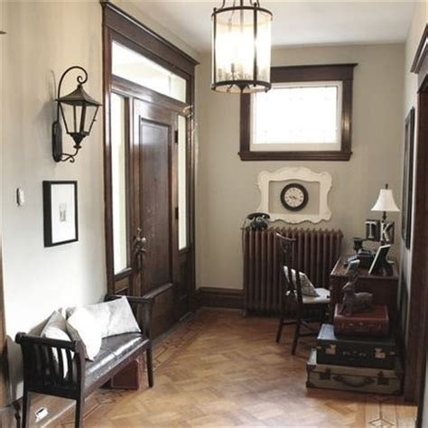 paint colors for living room with brown trim 25 best ideas about brown trim on wood trim