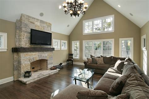paint ideas for living room with vaulted ceilings painting ideas living room cathedral ceilings 2017