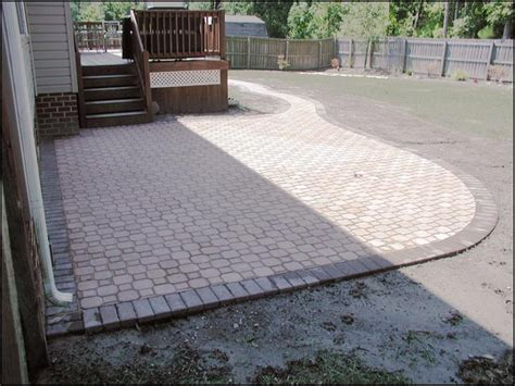 patio paver patterns patio pavers designs paver design patterns interlocking