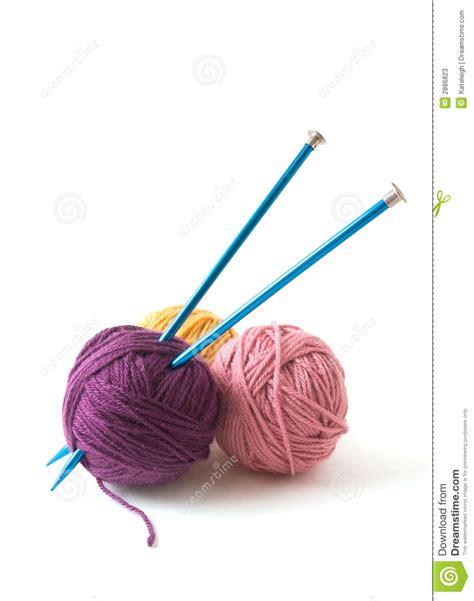 knitting needles images knitting needles and yarn stock photos image 2886823