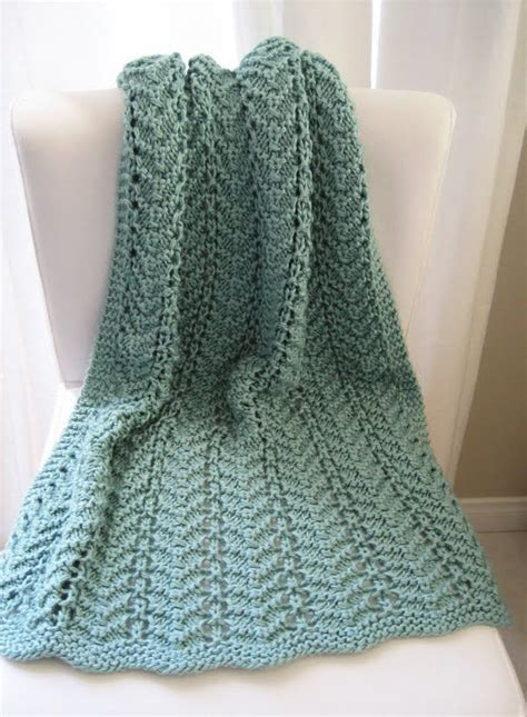 easy knitted afghan patterns 15 best ideas about easy knit baby blanket on