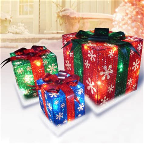 outdoor present decorations 3 d prismatic presents lighted set lighted outdoor