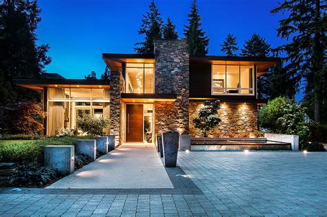 luxury homes foreign investment in canada s luxury real estate market luxuryhomes livingluxuryhomes