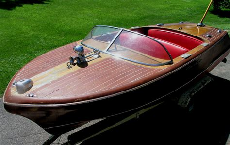 chris craft project boats for sale classic boats chris craft 19 for sale 11 000