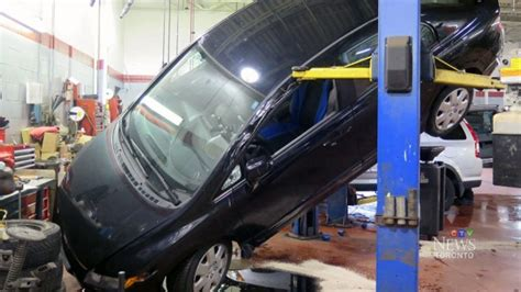 Small Electric Motor Repair Toronto by Ctv Toronto Car Falls Hoist During Change Ctv News