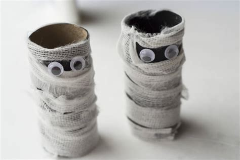 mummy toilet paper roll craft toilet paper roll mummy craft for