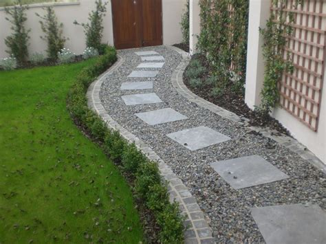 types of pathways in landscaping 1000 ideas about gravel landscaping on