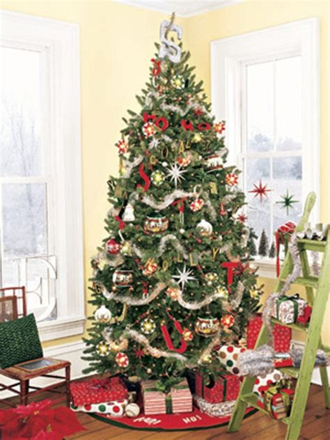 Christmas Tree Decorator by 30 Traditional And Unusual Christmas Tree D 233 Cor Ideas