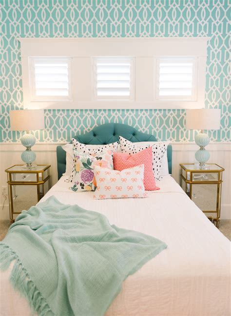 turquoise bedroom ideas 32 lovely turquoise bedroom design ideas decorupdate