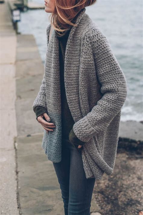 how to knit cardigan sweater 25 best ideas about knit cardigan on winter