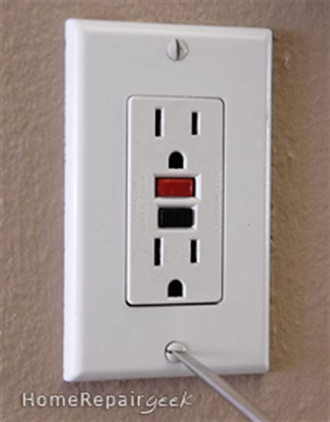electrical outlet s electrical outlet