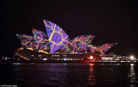 sydney best lights 30 most stunning sydney opera house images