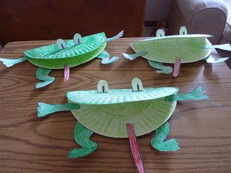 frog paper plate craft frog craft amanda markel