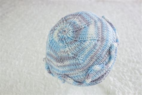 knit newborn baby hats free patterns free knitting pattern simple newborn beanie newborn hat