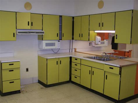 1970s kitchen cabinets retro 1960 s 1970 s kitchen cabinets complete set of 11