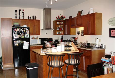 small kitchen decorating ideas for apartment 92 apartment kitchen decorating ideas on a budget