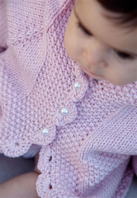 simple baby sweater to knit lottieda s version of diane soucy s easy baby cardigan