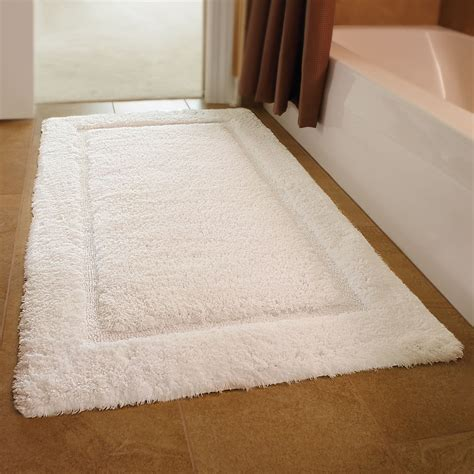 mats rugs the simple guide to choosing the best bathroom rugs ward