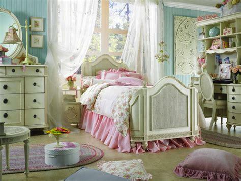 Bedroom Decorating Ideas Cheap comment donner un style baroque et rococo 224 votre