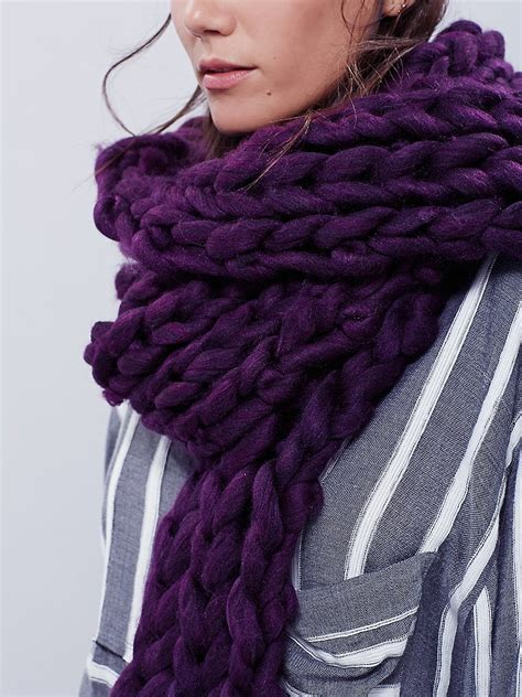 Free Womens Maggie Maye Chunky Knit Scarf In Purple