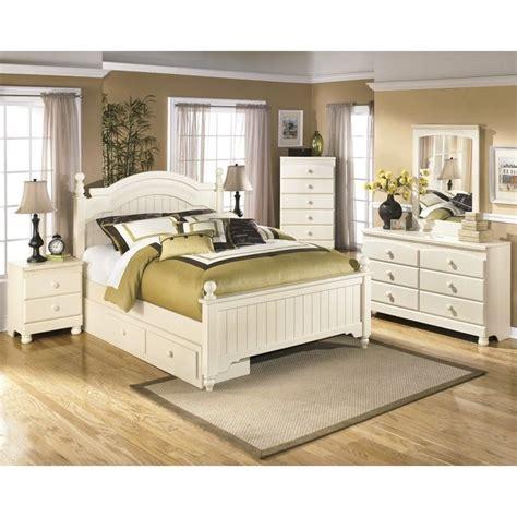 cottage retreat bedroom furniture cottage retreat 6 wood drawer bedroom set in