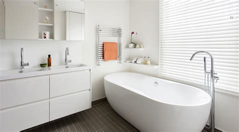 white modern bathroom interior inspiration beautiful white bathrooms amberth