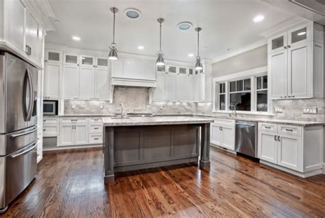 pictures of kitchen with white cabinets custom white kitchen cabinets home design