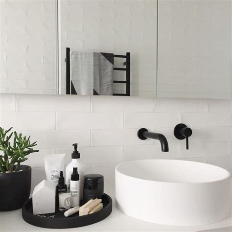 White Spa Bathroom by The 25 Best Ideas About Scandinavian Bathroom On