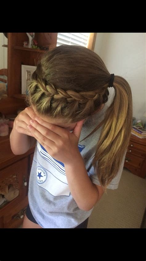 how to style hair for track and field 25 best ideas about sporty ponytail on pinterest soccer